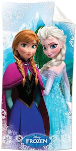 Frozen towel with Anna and Elsa