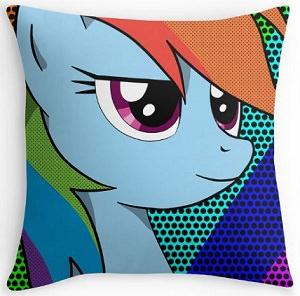 Rainbow Dash Face Throw Pillow