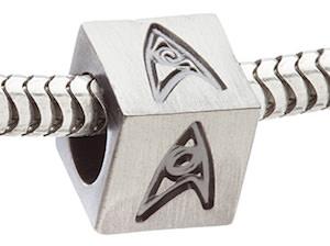 Pandora charm of the Star Trek logo