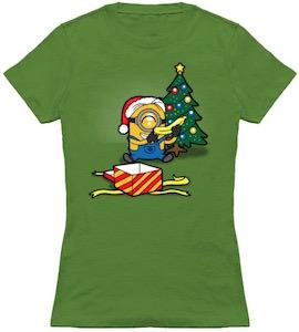 Minion Unpacking Christmas Present T-Shirt