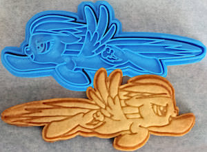 MLP Rainbow Dash Cookie Cutter