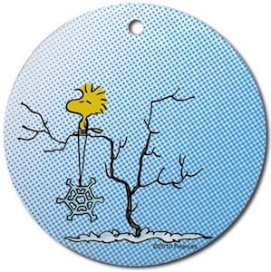 Snoopy And Woodstock Christmas Ornaments.Peanuts Woodstock Round Snowflake Christmas Ornament